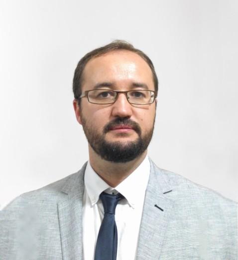 Dr Victor Roris